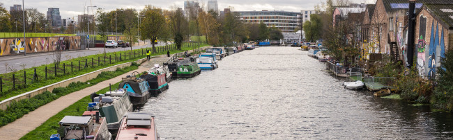 Regents canal houseboats