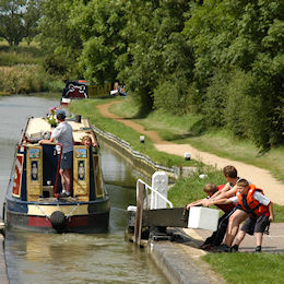 Claydon lock on the Oxford Canal