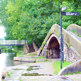 Dukinfield Junction, right for the Macclesfield Canal